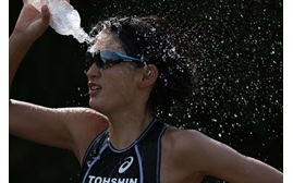 Image of a sports women taken with the Canon EOS 7D Mark II digital SLR camera
